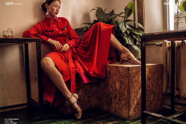 the midday heat webitorial for iMute Magazine Photographer / Alexander Ermakov Model / Lily Kalkamanova @ Casta Models Stylist / Alla Shakhmatova Make up & Hair / Lika Glazkova